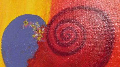 Herzbild rot orange lila abstrakt mit Acrylfarbe und Seidenmatt Lack